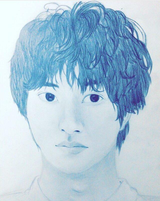 山﨑賢人くんの似顔絵描いてみました✔️本物はもっとかっこいいけど、。少しでも似てると思ったらいいねお願いします🙇♀️🙇