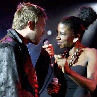 #TBT one of my fav pictures of Me and my G. @damonalbarn on @gorillaz world