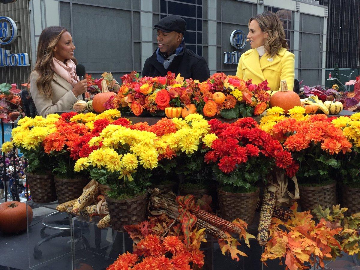 .@JasTookes shared #VSFantasyBra & more on @CBS from the #MacysParade! See her on the runway Dec. 5.  #VSFashionShow https://t.co/k2Q4SaB1sm