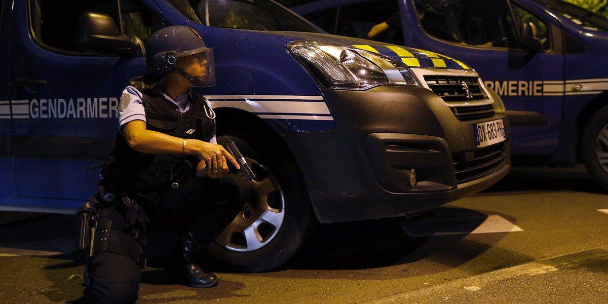 🇫🇷 #Hérault Irruption d'un homme armé d'un fusil et d'un couteau dans une maison de retraite pour moines. https://t.co/1YjHeFPGl0