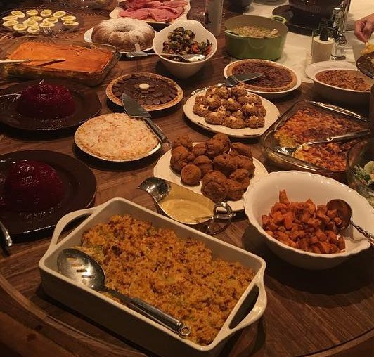 Here's how celebrities spent Thanksgiving (probably a lot like you did)