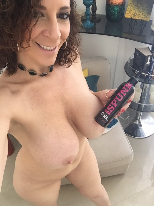 Running dry? It happens... get your @SpunkLube on! https://t.co/3fPEp1KBpU