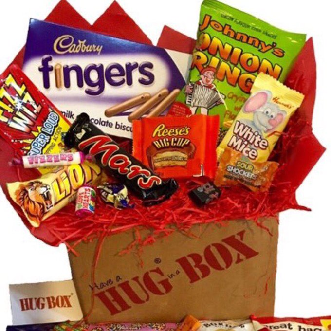 WIN a Hug Bux ?FLW HugBoxUK  & RT  WinWednesday RTtoWin FreebieFriday Xmas xmas