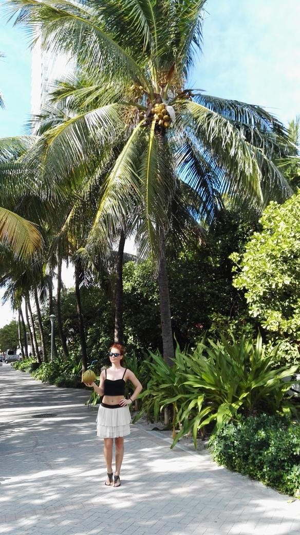 I've just found my snack:) hi from Miami Beach :) #miami #miamibeach #florida #coconut #vegan #vegangirl