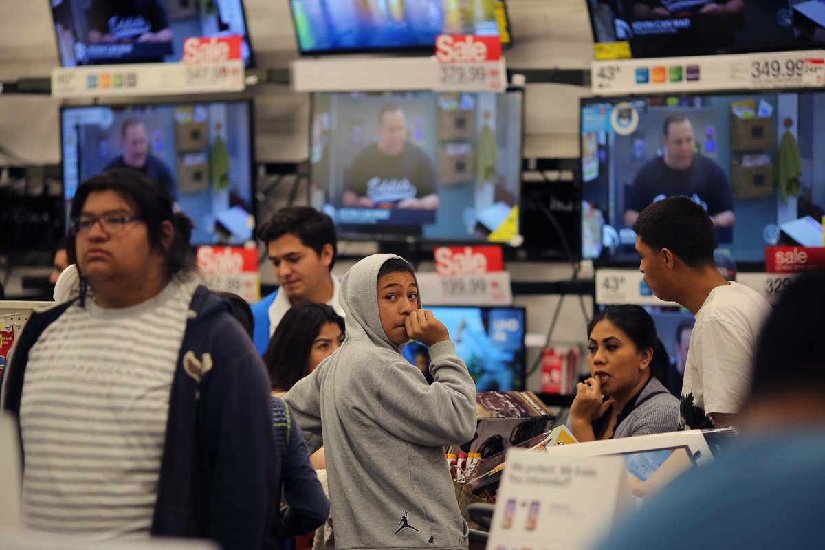 Online sales soared this Thanksgiving and Black Friday