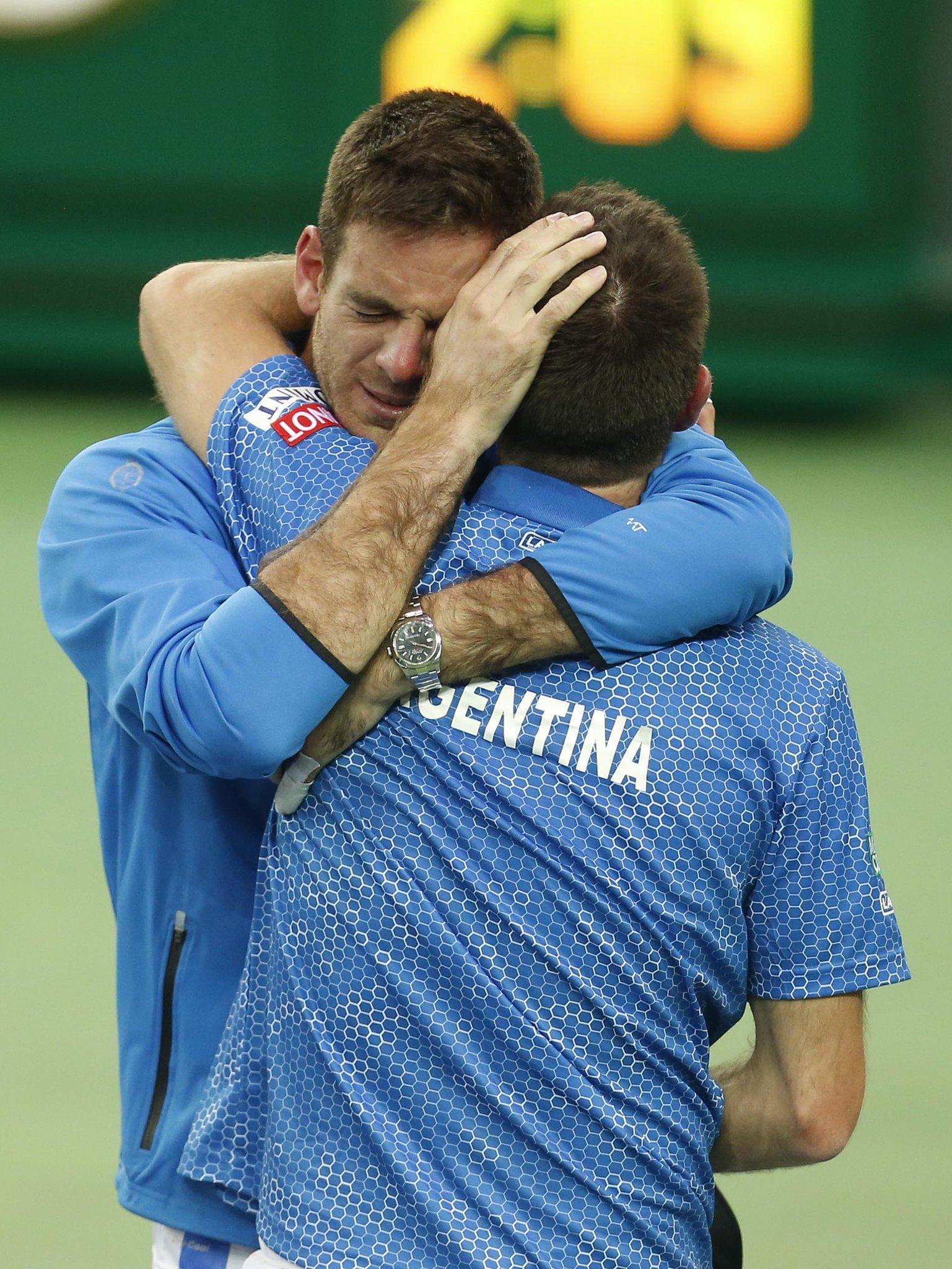 Estas son las 27 mejores fotos del festejo del equipo argentino de #CopaDavis https://t.co/vDGjrkR9yq https://t.co/IgZOPgT7o8