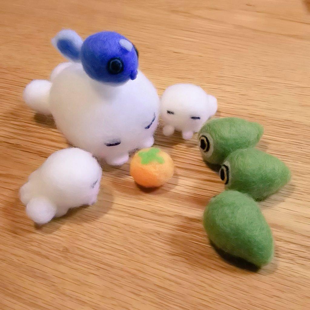 可愛いモノノケ庵の妖怪達。マンジロウは長細くてはみ出るのでお休みです。(*´ㅂ`*)