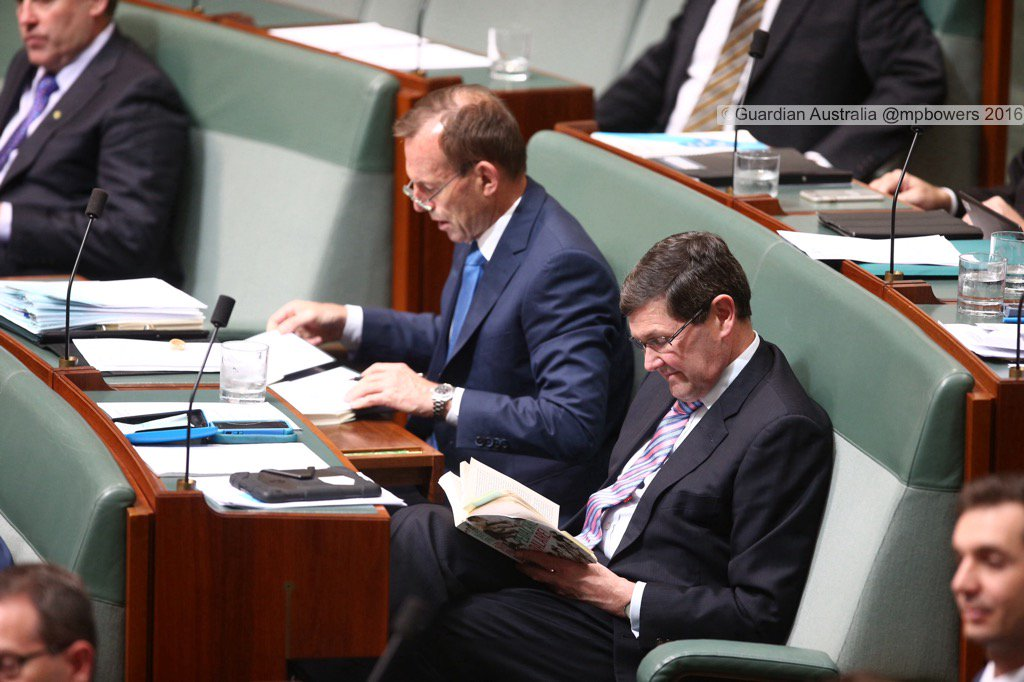 "Backbench #QT Tony Abbott fills out xmas cards & Kevin Andrews reads "" A history of Italian Cycling"" @gabriellechan https://t.co/P4haekLppA"