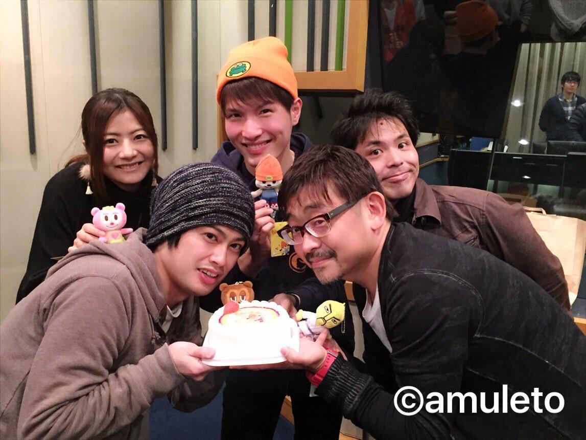 本日「PJベリーのもぐもぐむにゃむにゃ」のアフレコ時になんと!サプライズでケーキが!そう、本日はパラッパのお誕生日🎂おめ