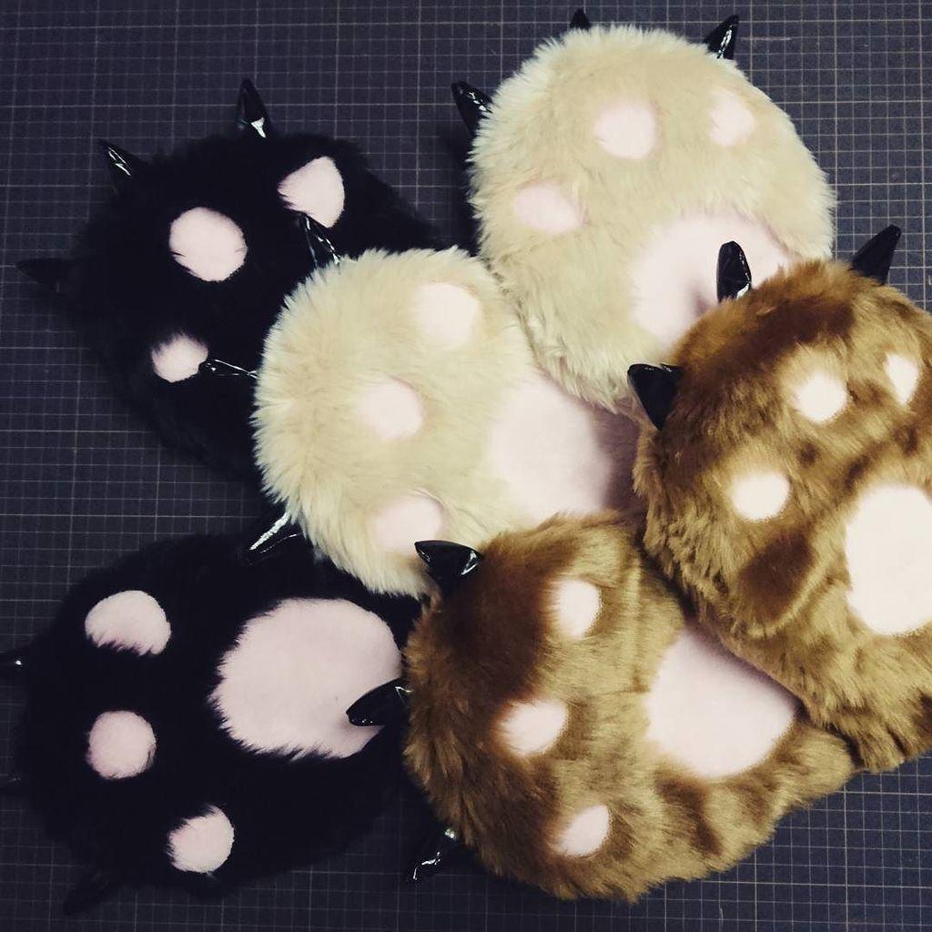 熊の手が出来ました~!がうがう#ユリ熊嵐 #熊 #コスプレ衣装製作 #ファー