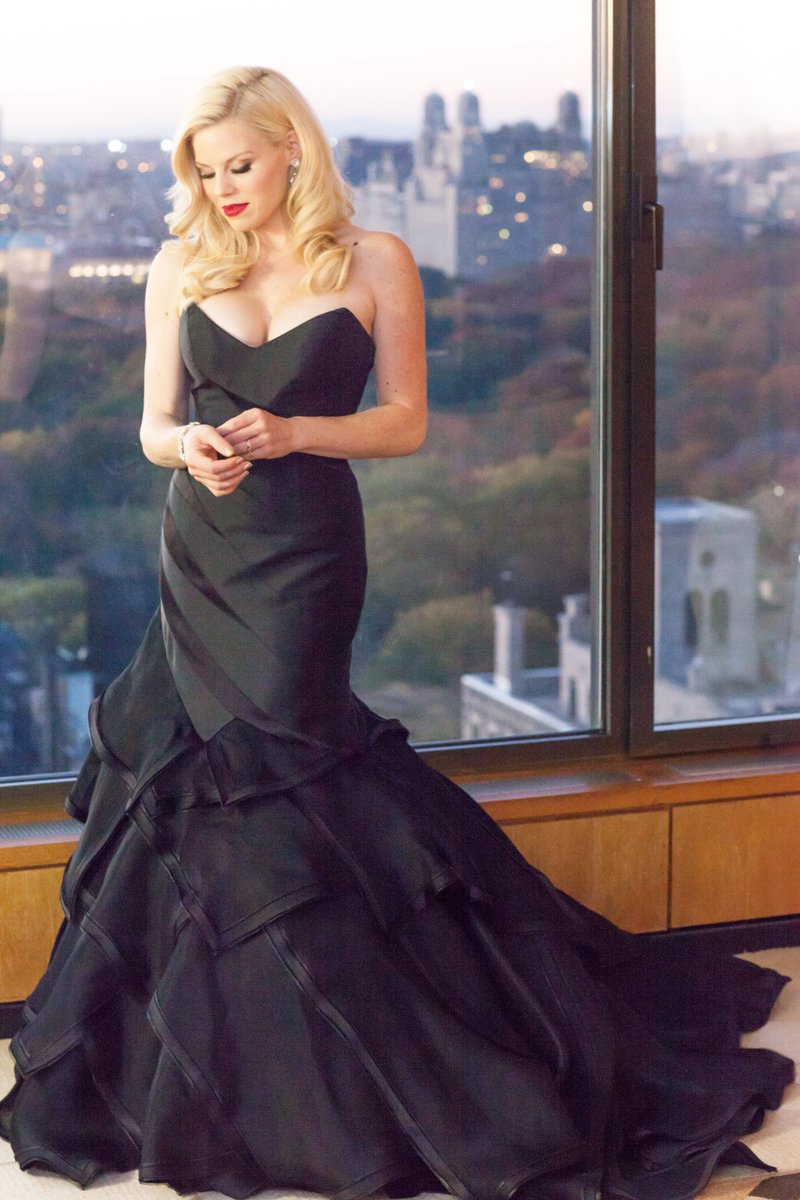 RT @TheBostonPops: Don't miss @meganhilty when she performs at #HolidayPops on December 7! https://t.co/Xyq8KWRfxk https://t.co/FqswBVMZss