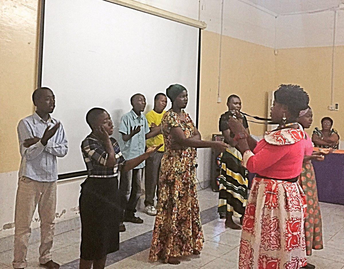 test Twitter Media - Workshop med YDCP Tanga, Tanzania.Dramagruppen spelar pjäs om utmaningar som familjer m barn m funktionsnedsättningar möter #postkodeffekten https://t.co/LuxYlJynR4