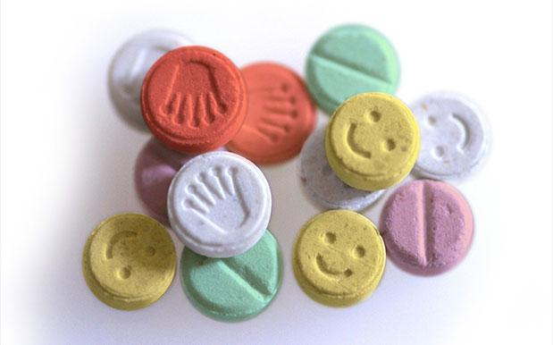 The US government has approved large-scale trials for the medical use of MDMA: https://t.co/PUbEWuMhNv https://t.co/XcE57OfUNd