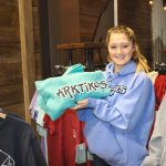 Siblings launch clothing line to benefit polar bears