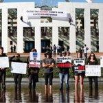 Dramatic protest over asylum breaches Australia parliament security
