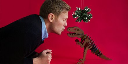 InStyle @InStyle: The magic of mistletoe and #RexyTheCoachDino #Partner @Coach  https://t.co/Z3POcYdqfr https://t.co/TXs7btiGch