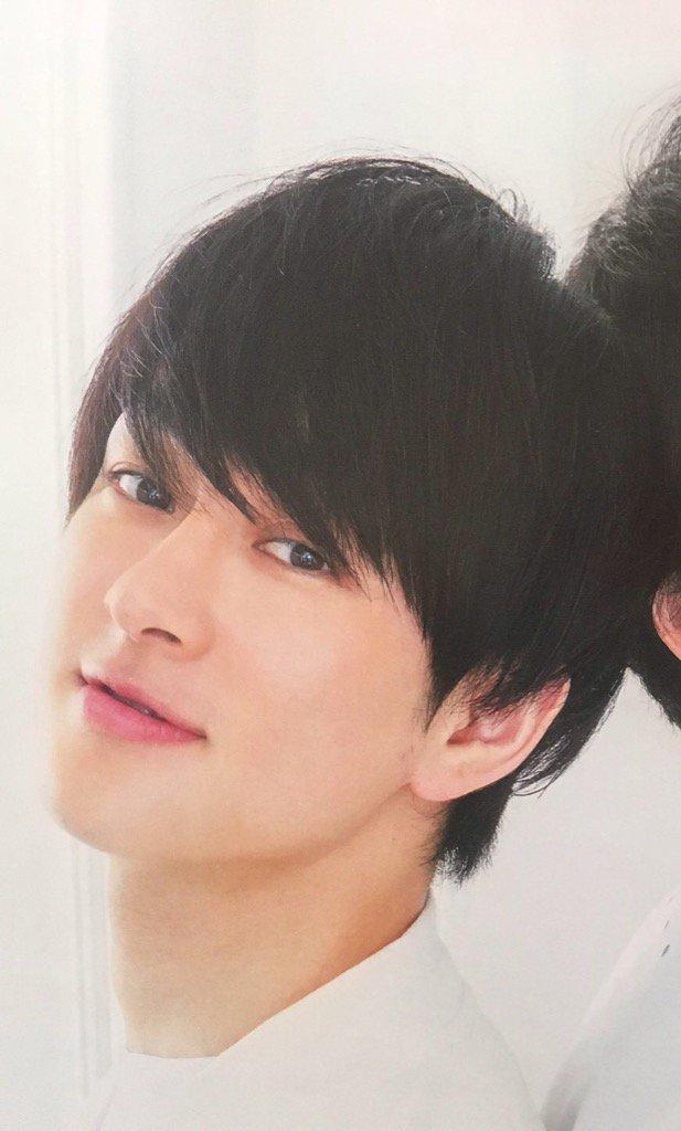 横山さんと渋谷さんって、顔面が「整ってる」方々だと思ってるんですけど、横山さんは「きれい」で渋谷さんは「男前」なのがたま