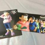 おそ松さんポストカードはこちら。何も言わなければ5人組タイプ。誰が好き!というと個人タイプをくれる方式のよう。濃いファン