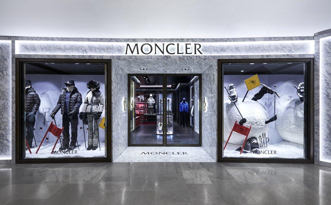 香港のビジネス中心街、ワールドクラスのラグジャリーな体験とライフスタイルを提供する「Pacific Place」内に、Monclerの新ブティックがオープン。 https://t.co/HUiJhgTokv