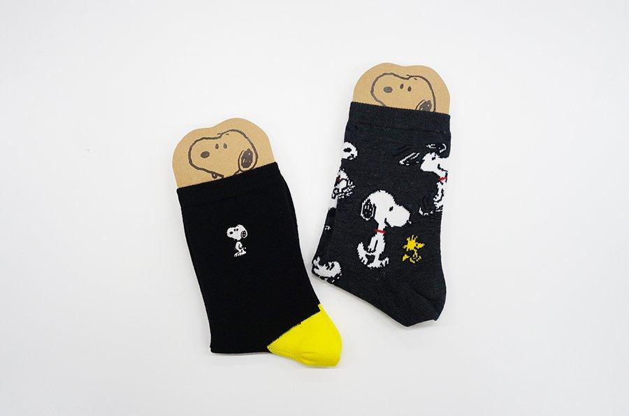 【ブラウンズストアから:おすすめアイテムのご紹介⑧「靴下」】ミュージアムオリジナル柄の靴下が登場です。ロゴのスヌーピーを