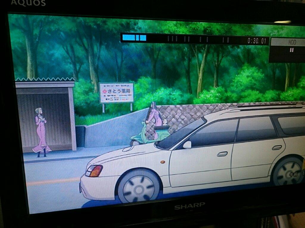 そして『あまんちゅ!』にも出てくる安定のBHレガシィ(笑)<最近のアニメによく出てくるモブ車