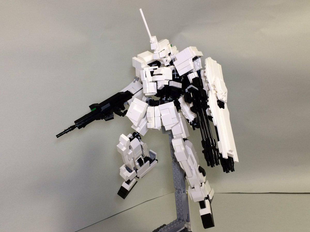 レゴブロックで機動戦士ガンダムUCより主人公バナージ・リンクスの搭乗機、「ユニコーンガンダム」を作りました!#LEGO#