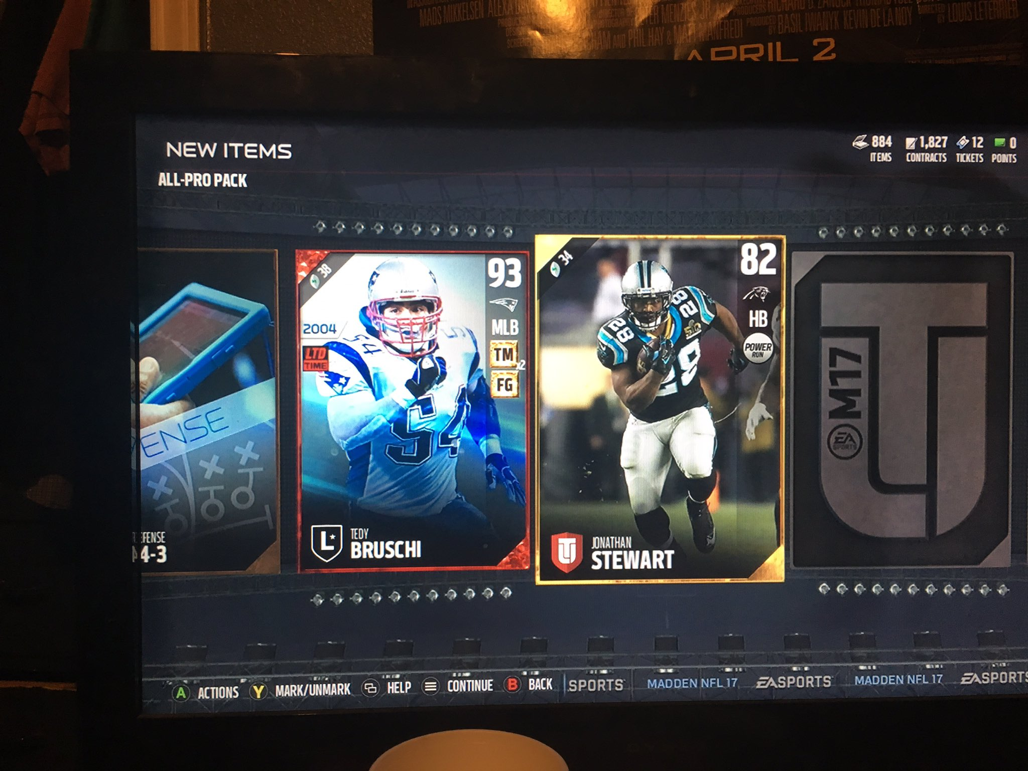So it happened again...what did I do to deserve this greatness? Thanks so much EA! @EASPORTS_MUT @MUTGuru https://t.co/VzDCPJ48Dd