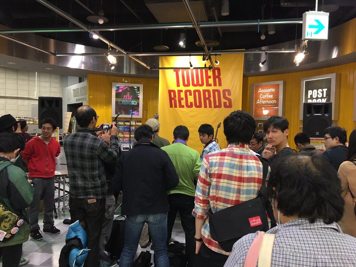 15時になりますよ〜急げーーーーーー!!アイドル八犬伝原画展タワレコ広島xゲームインパクトコラボ