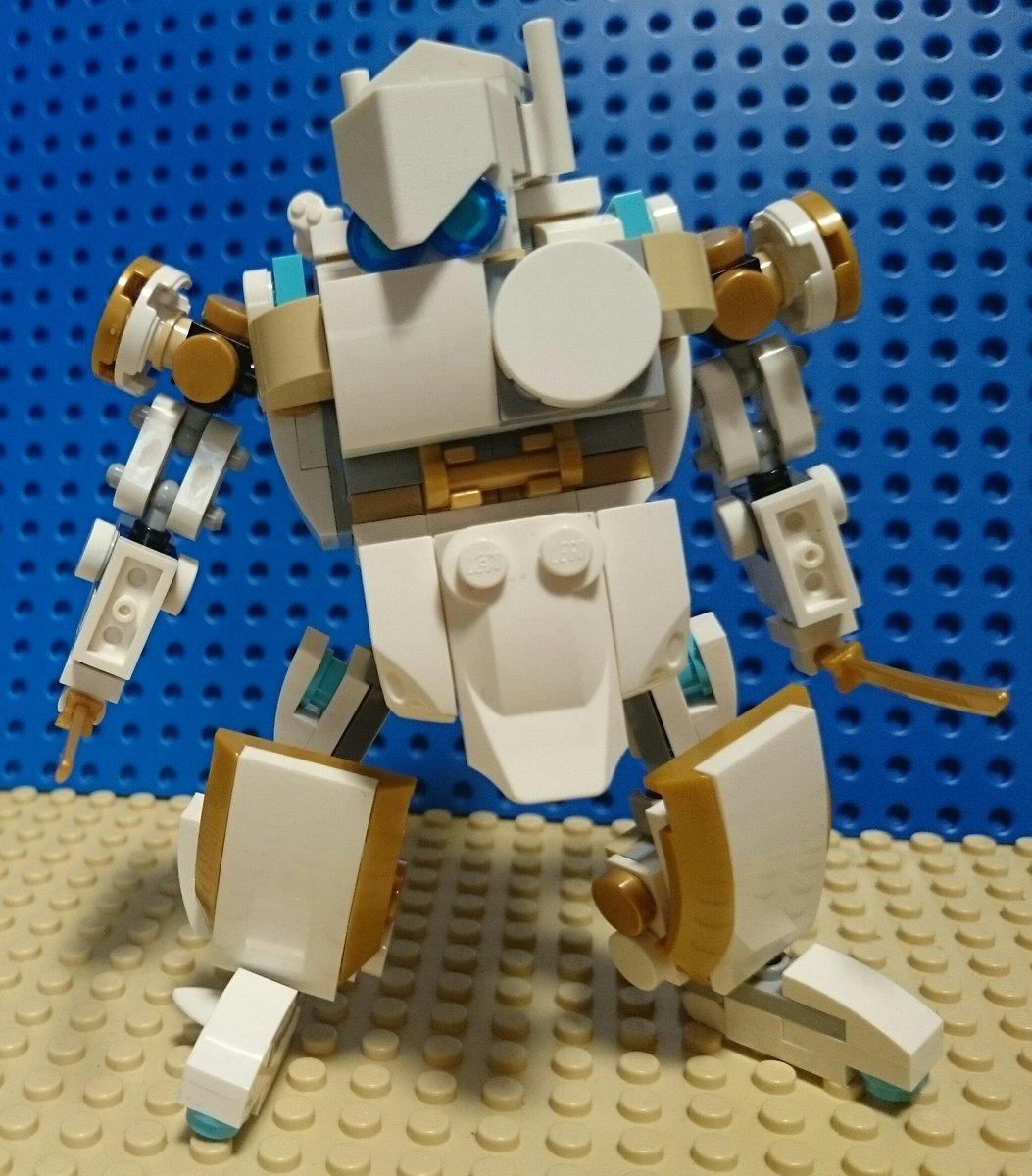 レゴのミニフィグ乗りロボット完成🎵ニンジャゴーの白いドラゴンパーツを使いました。#LEGO #RobotWars