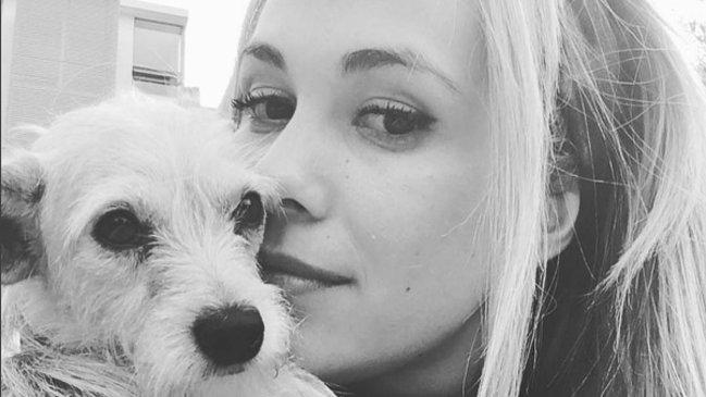 """Laura Prieto llora la muerte de su perrito """"Forest"""" a quien definió como """"un hijo"""""""