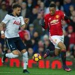 Martial ziet af op de bank bij Manchester United