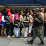 Maduro delays removing currency bills amid crisis, protests