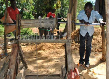 Miserable lives of poor village gold diggers in Kakamega
