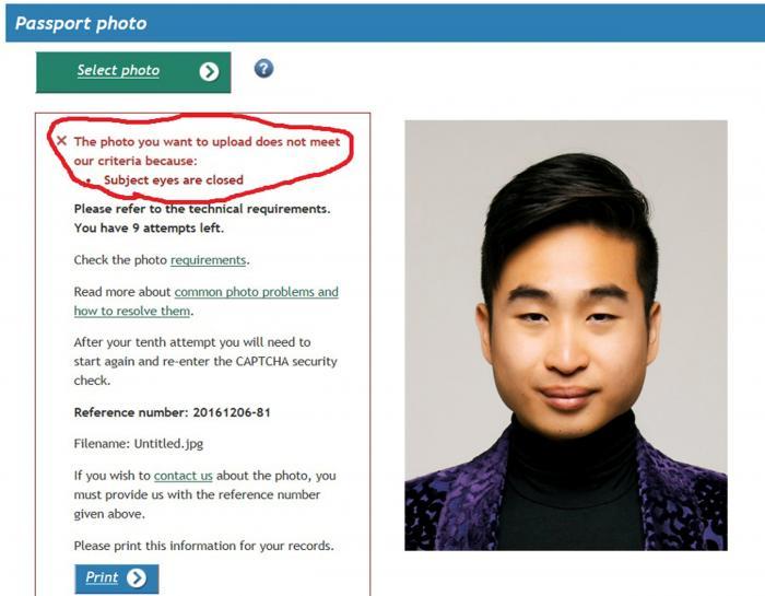 New Zealand passport robot tells applicant of Asian descent to open eyes https://t.co/MUUHAi88c2