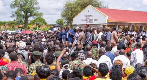 President Kenyatta asks health workers to end strike