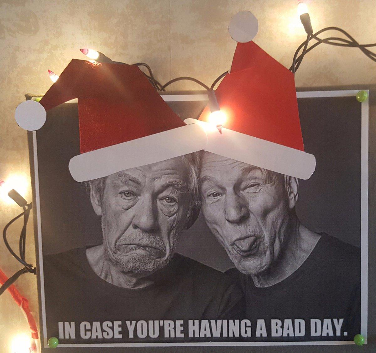 Winning @ decorating the office for Christmas with @SirPatStew & @IanMcKellen. #incaseyourehavingabadday https://t.co/Sw4eCYJvCS