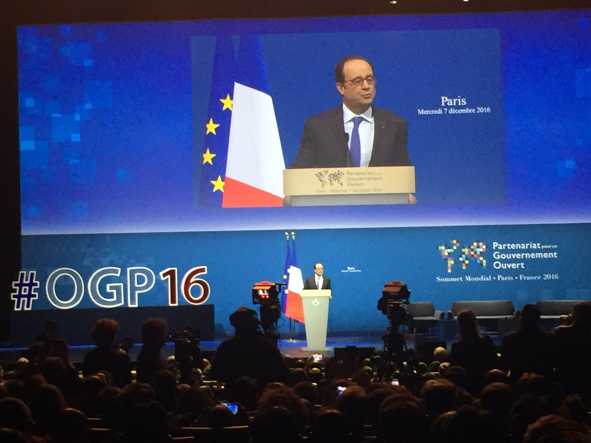 .@fhollande: democracy is at stake if we do not get citizens on board. #OGP16 #act2open https://t.co/lUU8a2sIN7