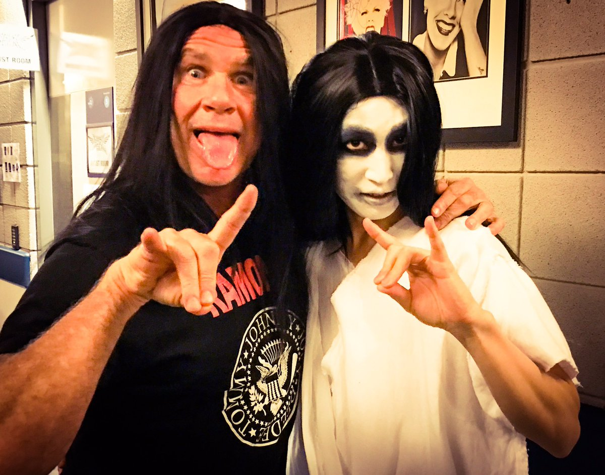 #BABYMETAL 's new drummer @RHCPchad joined! #chilipeppers #UK #London #Glasgow https;//t.co/oaaHy...