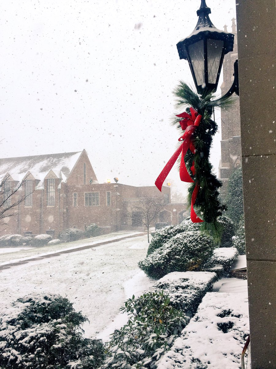 A BEAUTIFUL snowfall on campus today!