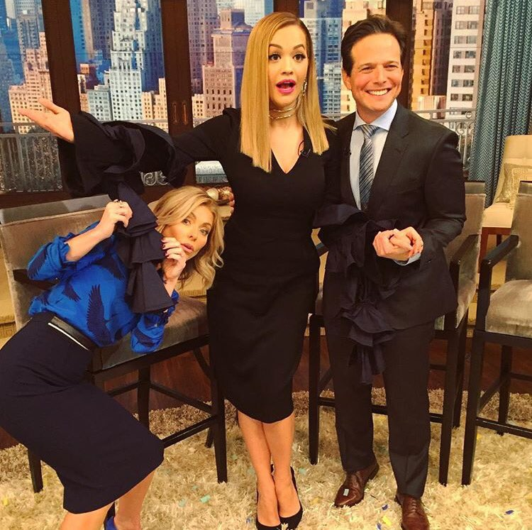 Thanks for having me @LiveKelly!! https://t.co/a210uGPtm8