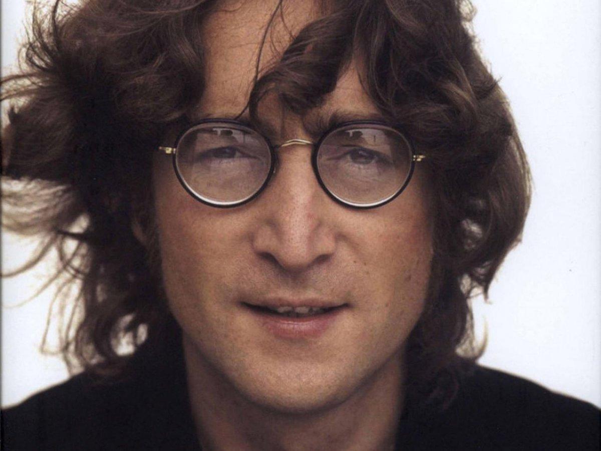 It was 36 years ago today. Rest in Peace, John Lennon (October 9, 1940 - December 8, 1980). https://t.co/tlvEtYnZTv
