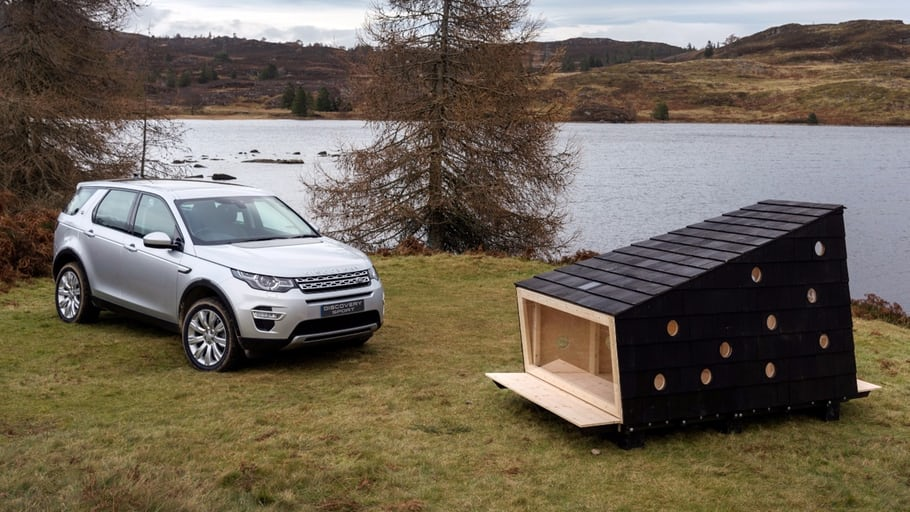 Tiny outdoor Land Rover cabin is festive and functional