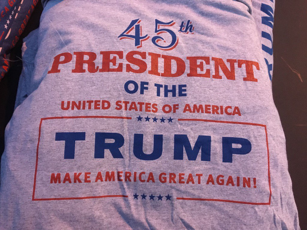 Trump Thank You Tour Swag in Des Moines. https://t.co/lPmJBrpUyu