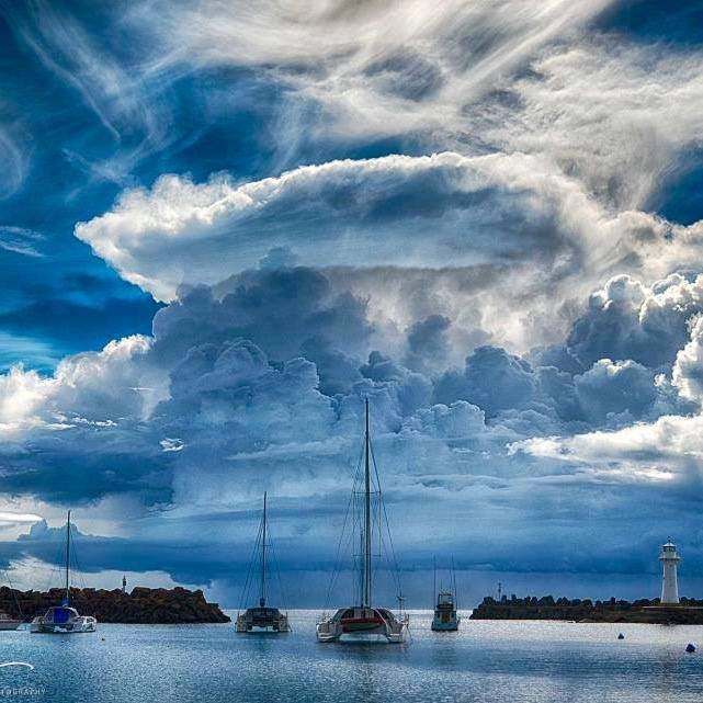 Atomic clouds #Wollongong #Australia by... Dee Kramer. https://t.co/6eviFj7Qqf