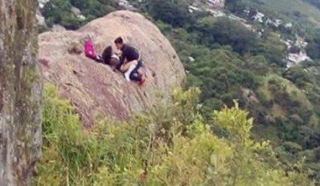 Sex on a mountain