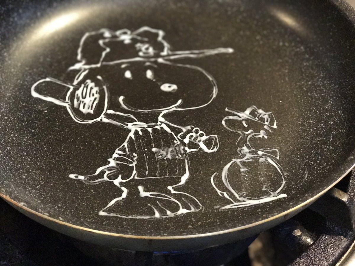 パンケーキアートの作り方〜ベイスターズ的なスヌーピー #パンケーキアート #pancakeart
