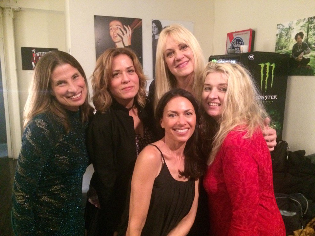 Backstage @TheWhiskyAGoGo with Early Bangs Bass Chicks Annette&Amanda@DebbiMPeterson@SusannaHoffs https://t.co/mgZVwNAlyM