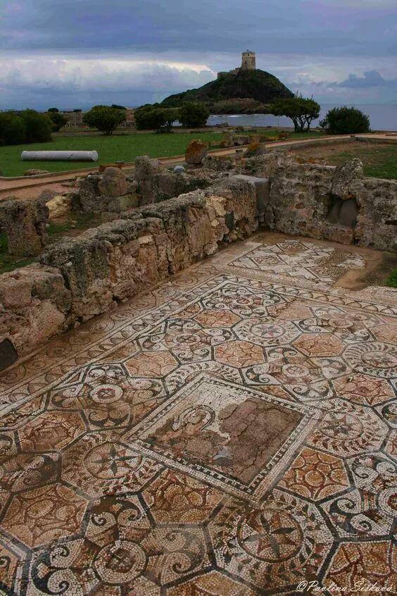Mosaic: Roman Italy. Casa dell'Atrio, Nora, Sardegna https://t.co/dj0rbl4SPJ