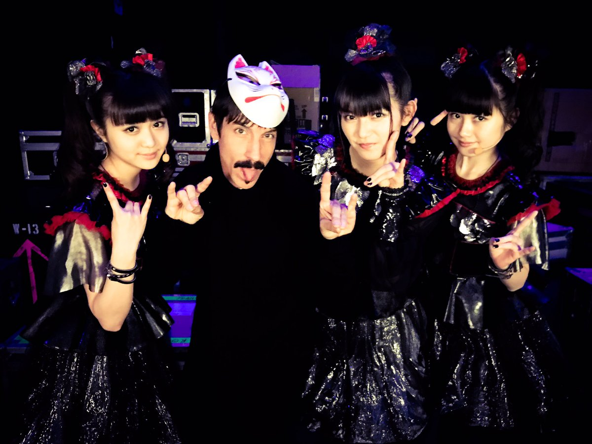 Thank you #Birmingham @GentingArena and @ChiliPeppers! We are so much fun! #BABYMETAL #UK #chilip...