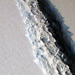 Ominous beauty: A gigantic crack in Anarctic ice